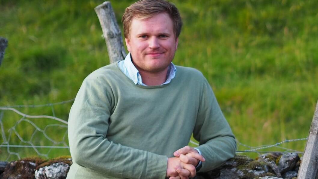KLAR TIL KAMP: Han er framleis ung, men ingen kan skulda Aleksander Øren Heen (Sp) for å vera politisk uerfaren. Likevel vil ein stortingsplass vera som å rykka opp ein divisjon for årdølen.