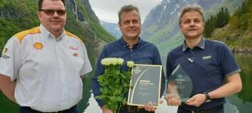 Shell og Joker Gudvangen fekk pris for årets drivstoffstasjon i Shell