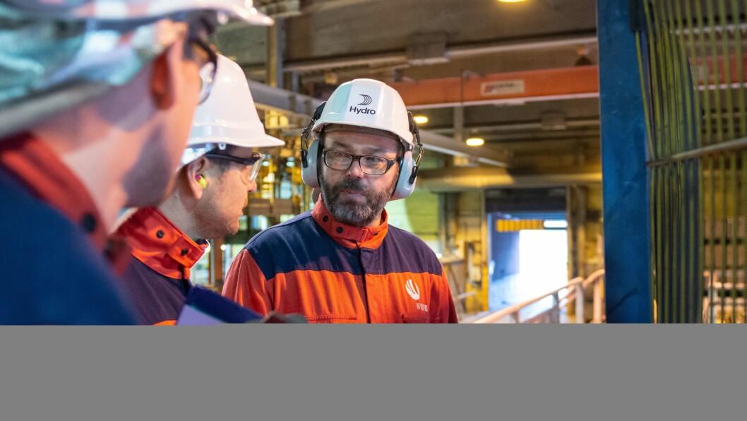 TØFFE TIDER: Fabrikksjef ved Hydro Høyanger, Arne-Martin Kjærland.