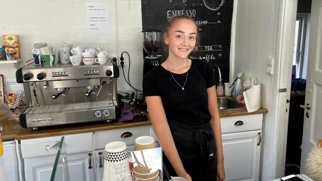 KAFFIBAR: Margit Brooks skal jobba i kaffibar heile sommaren.