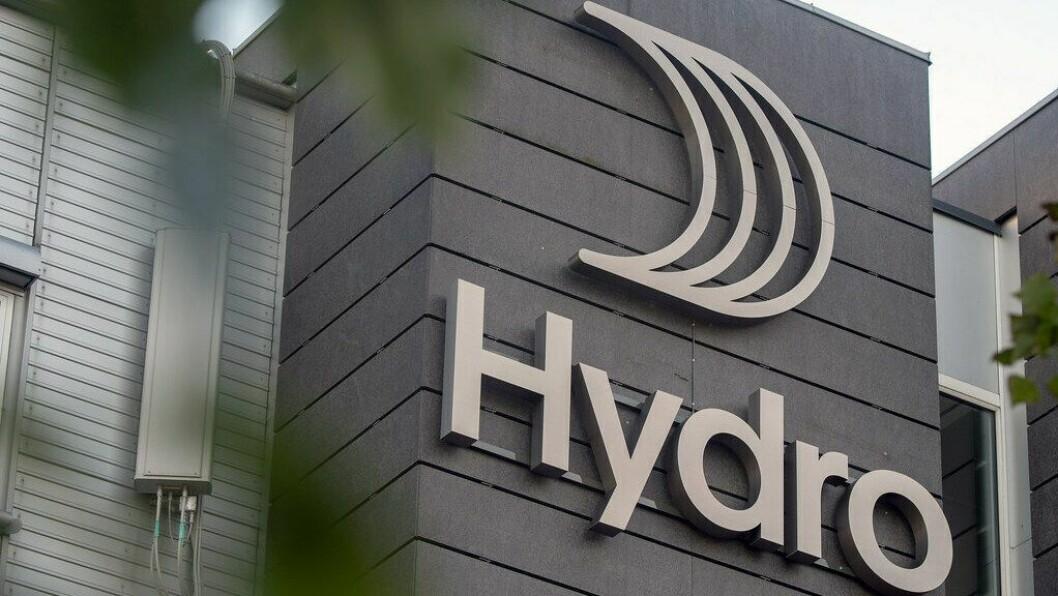HYDRO: Statnett aukar nettariffen, det blir ei ekstra byrde for Hydro fortel Ola Sæter.
