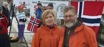 Brukar norgesferien sin på å kjempa mot vindmøller: – Me har blitt teke godt i mot