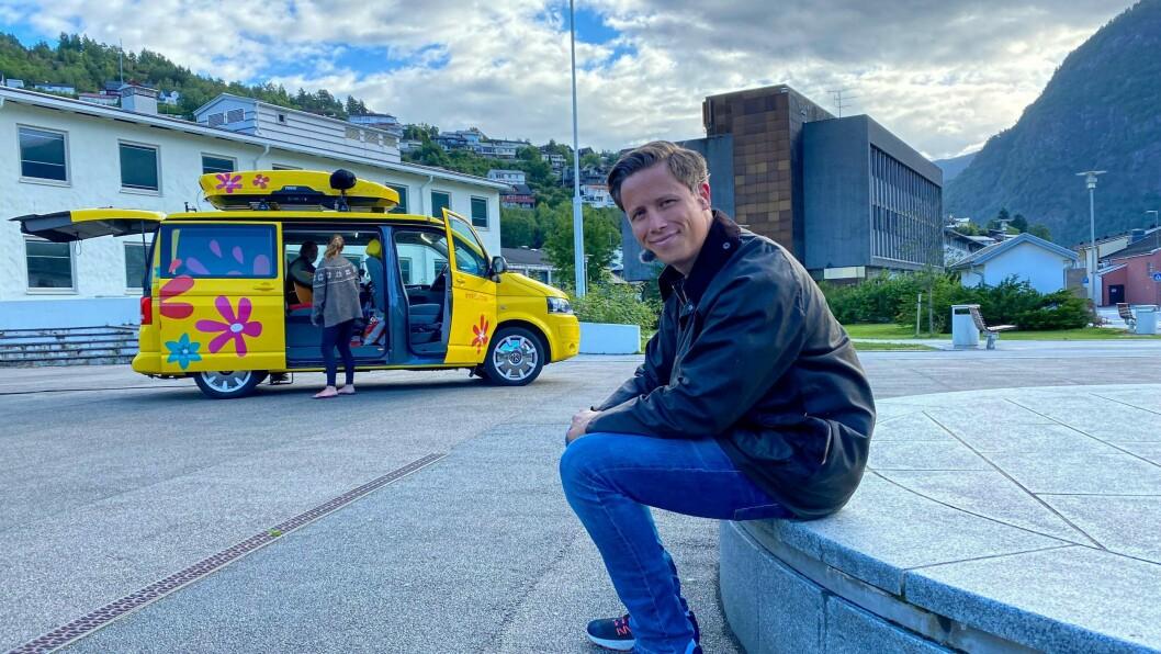 PROGRAMLEIAR: Emil Gukild fekk prøve seg som kaptein på MF Urnes i dag.
