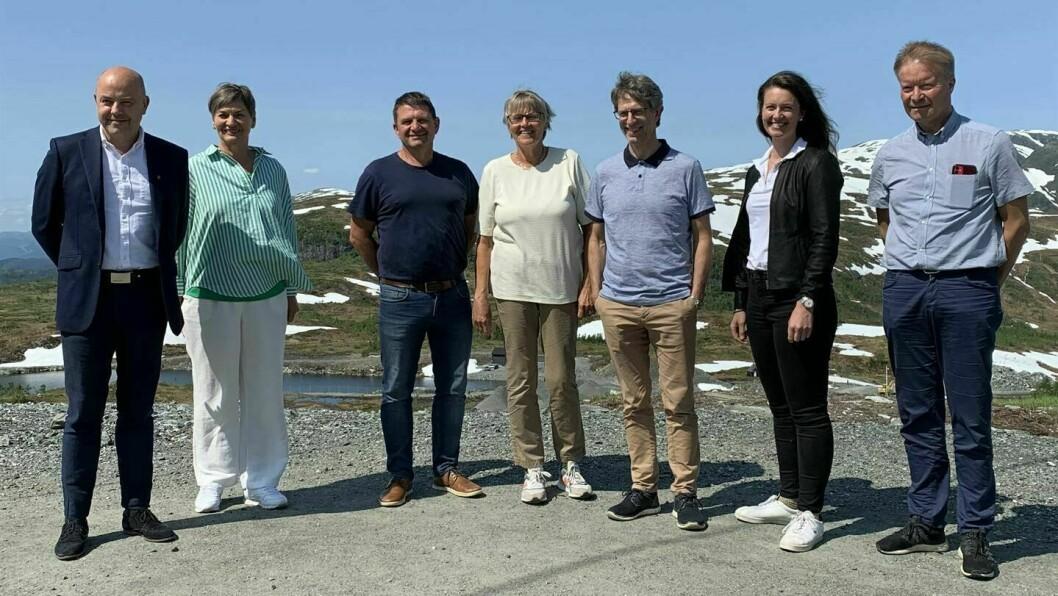 MEDLEMMANE AV VERDSARVRÅDET: Audun Mo (t.v) , Eva Hove, Trygve Skjerdal, Marta Sofie Vange, Hans-Erik Ringkjøb, Natalia Golis og Kjell Kvingedal.
