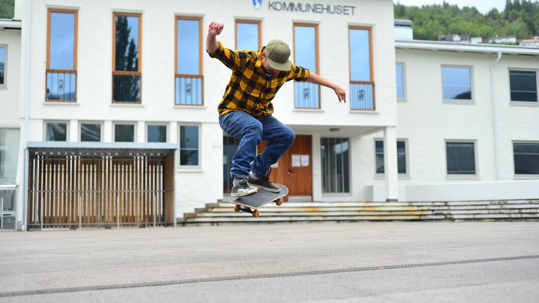 FLYR HØGT: Ein skatepark i Sogndal har vore tema i årevis. No ser det ut til at draumane kan få luft under vengene.
