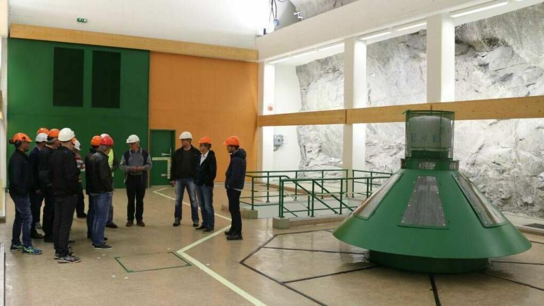 NÆRINGSLOGGEN: Kuvelda Kraft AS aukar aksjekapitalen frå 40 000 000 korner til 50 000 000 kroner. På bildet ser du Stuvane Kraftverk i Lærdal.
