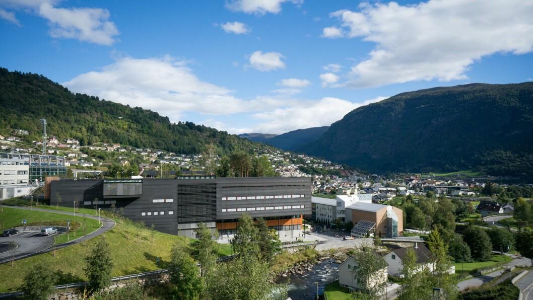 TINGLYSTE: I Sogndal blei det tinglyst tre eigedomar siste veka.