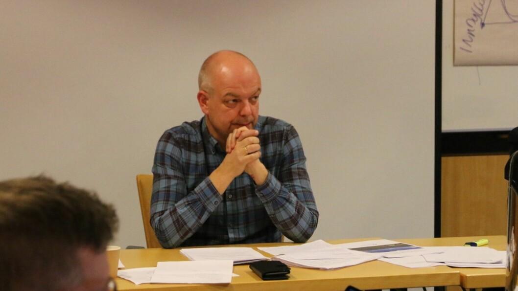 EIN RETT: Ordførar Hilmar Høl meiner Årdal har rett på å vera med i miljøvennlege transportløysingar mellom Sogn og Bergen.