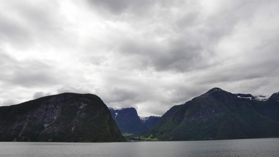 KLATRAR: Det var i området med Huldafossen og Frevikbreen mannen skulle klatre.