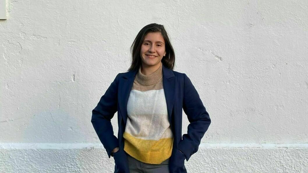 SATSAR TEATER: Angy Avendano frå Lærdal vil realisere barndomsdraumen om å verte skodespelar.
