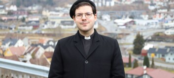 Mikael Bruun har sagt opp stillinga som prest i Sogndal