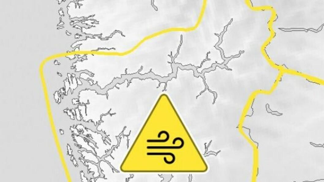 Det er gult farevarsel for vindkast i heile Sogn