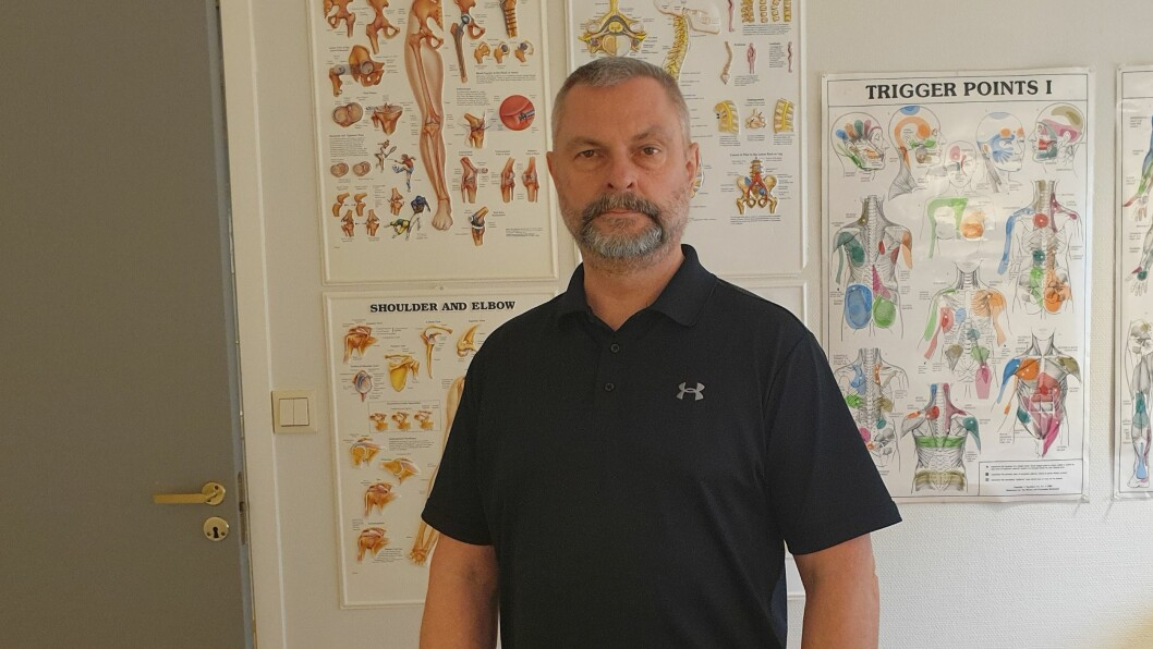 VELVÆREHUSET: Marek Kwasnik er nyste tilskot i Velværehuset i Lavik