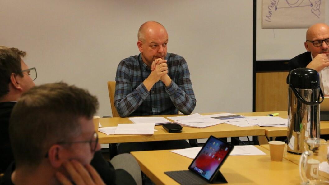 HØGE MÅL: Ordførar Hilmar Høl (Ap) og resten av politikarane i Årdal vil at kommunen skal få ein større bit av statlege arbeidsplassar-kaka.
