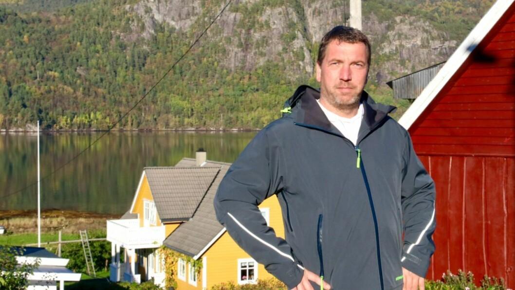 ARBEID: Steffen Hielscher har hatt rikeleg med arbeid etter at han starta Mufli Ikjefjord for å ha eit levebrød i den vesle bygda på Høyanger sørside.