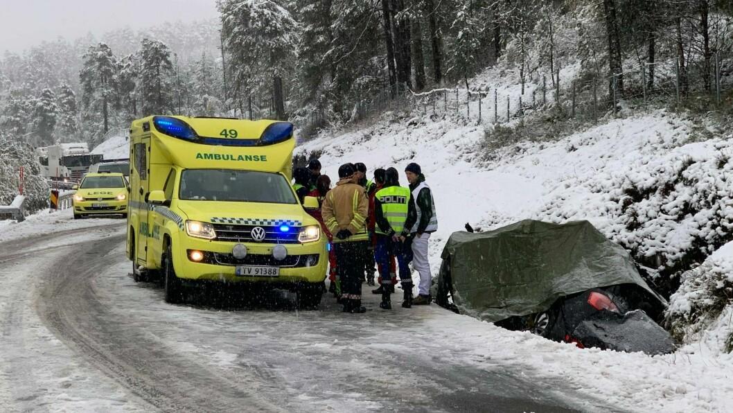 OMKOM: Føraren av bilen omkom i ulukka i Luster tysdag. Dagen etter går politiet ut med namnet på avdøydde.