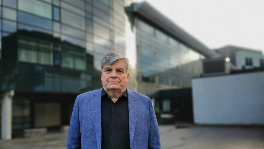 NEDBEMANNE: For andre gong på eit halvt står jobbkvardagen til dei ansette på Quality hotel Sogndal i fare. Jørgen Christian Lindstrøm tar ikkje lett på nedbemanninga.