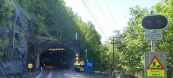 Tunnelen skal endeleg stå ferdig i juli. Desse vil ruste opp det elektriske