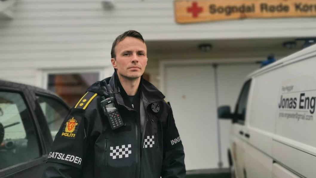 IMPONERT: Innsatsleiar Eirik Skjerdal i politiet er imponert over mobiliseringa i leiteaksjonen.