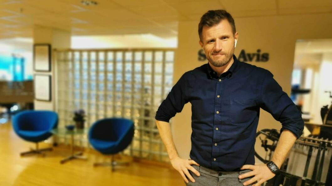 NY DRAKT: I november gjekk Arve Uglum inn i rolla som redaøktør i Sogn avis.
