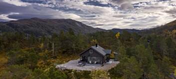 Denne hytta vart seld for 1,6 millionar