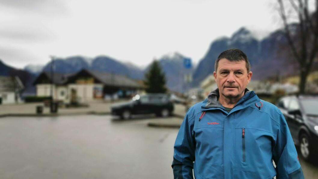 SIKRING: Ordførar Trygve Skjerdal må finne finansiering til flaumsikringa i Nærøydalen.