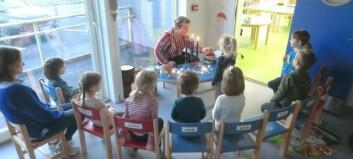 Er endeleg på plass i splitter ny barnehage: – Heilt fantastisk