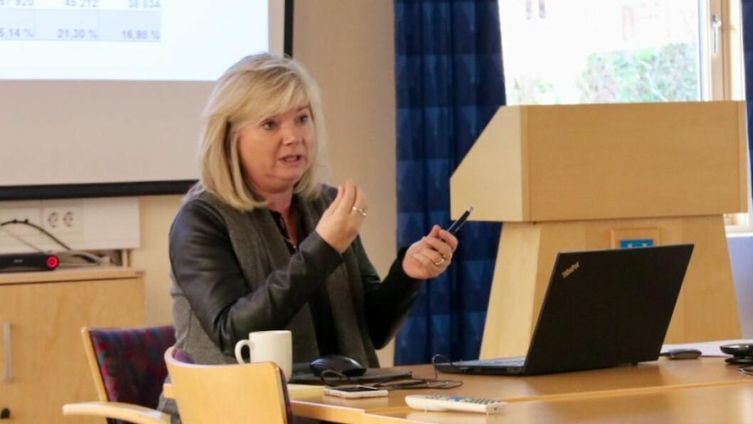 ARBEIDER: Kommunedirektør Irene Søreide vil no jobbe vidare med bassengsaka og presentere ein arbeidsplan for kommunestyret i neste møte.
