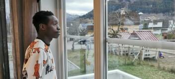 Richard (20) må truleg feire si første jul i Noreg utan familien: - Eg saknar dei kvar einaste dag