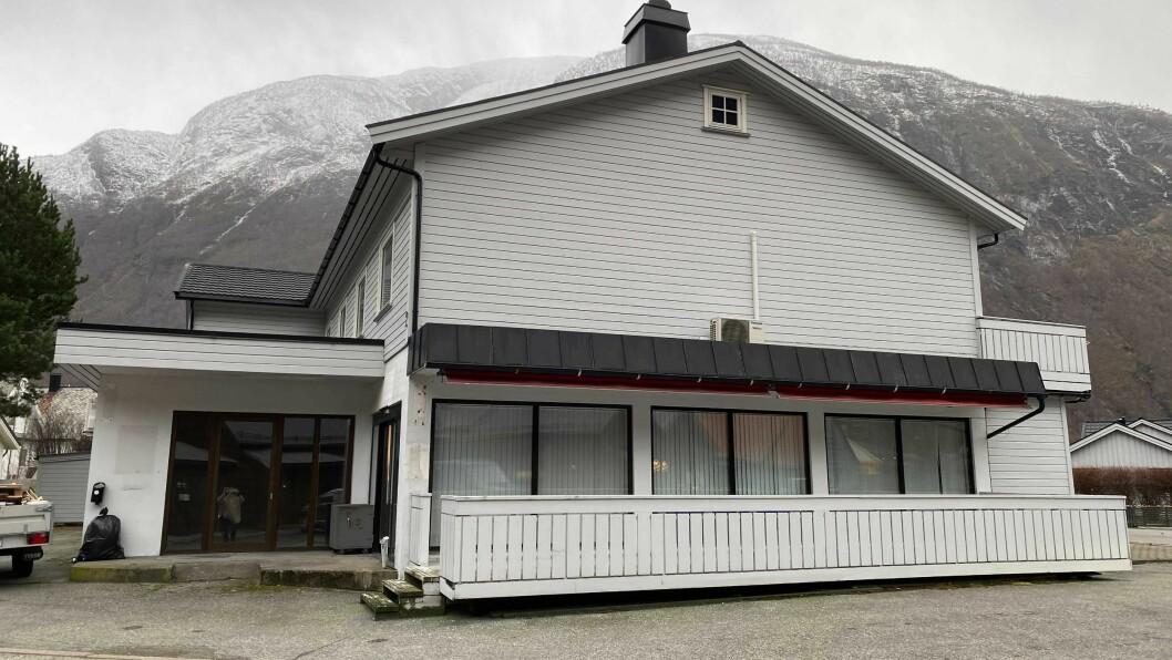 NYTT LIV: I fyrste etasjen her vert det renovert for Årdal E-Sport.