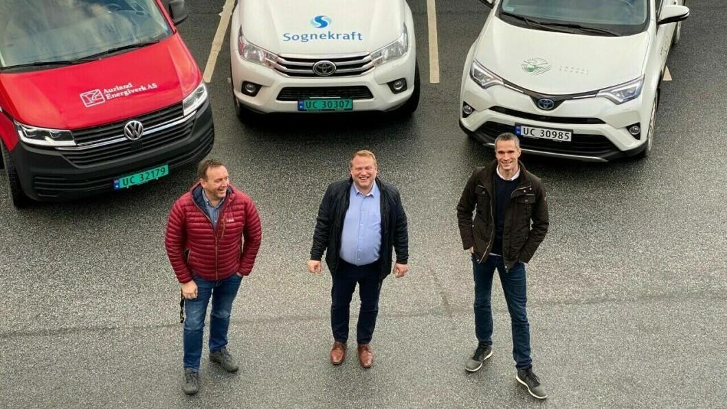 BLIR EITT: Everksjef i Aurland Energiverk, Helge Morten Vangen, administrerande direktør i Sognekraft, Terje Bakke og dagleg leiar i Lærdal Energi, Ørjan Bøyum.