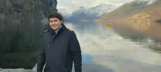 For nesten halvtanna år sidan vart Tokvam hamnesjef. Nyleg kunne han endeleg ta imot sitt første cruiseskip: – Det lysnar