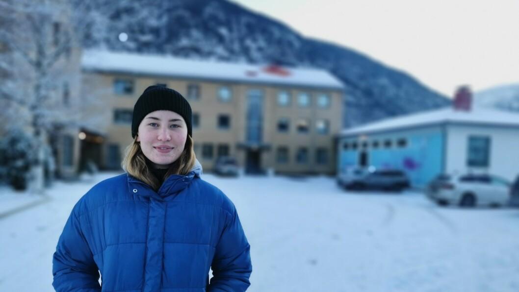 SPENT: Caitlin Fraser ventar i spaning på at resten av folkehøgskule-elevane skal komme til Sogndal. – Dei første ti dagane blir truleg av det meir einsame slaget, vedgår ho.