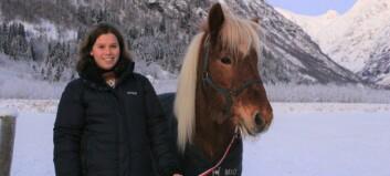 Camilla (26) flytta til Sogn for kjærleiken. No bygger ho hestebane av internasjonal standard i hagen: – Det blir luksus
