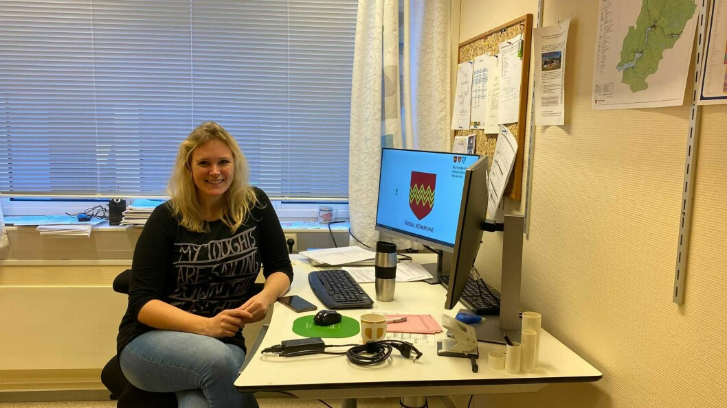NY JOBB: Måndag denne veka begynte Stine Ohrvik i ny jobb i teknisk avdeling i Årdal kommune