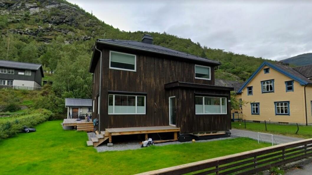 ØVRE ÅRDAL: Storevegen 19 er ein av fleire tinglyste eigedommar i regionen.