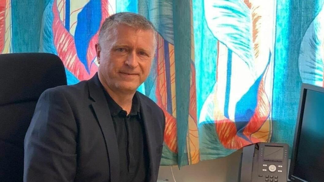TAR OVER: Vidar Øvrebø går frå rolla som sjef for Pasientreiser, til stadleg leiar på Lærdal sjukehus