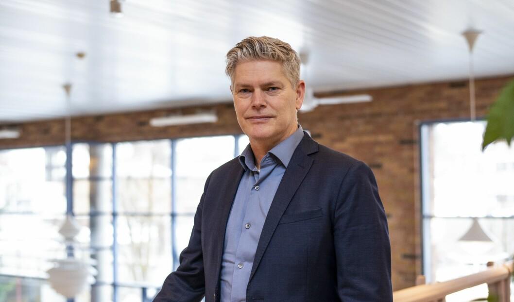 VIL HA FRIVILLIGE: HR-direktør Eirik Rostad Ness påpeiker at det ikkje er snakk om å seie opp nokon, slik stoda er no.