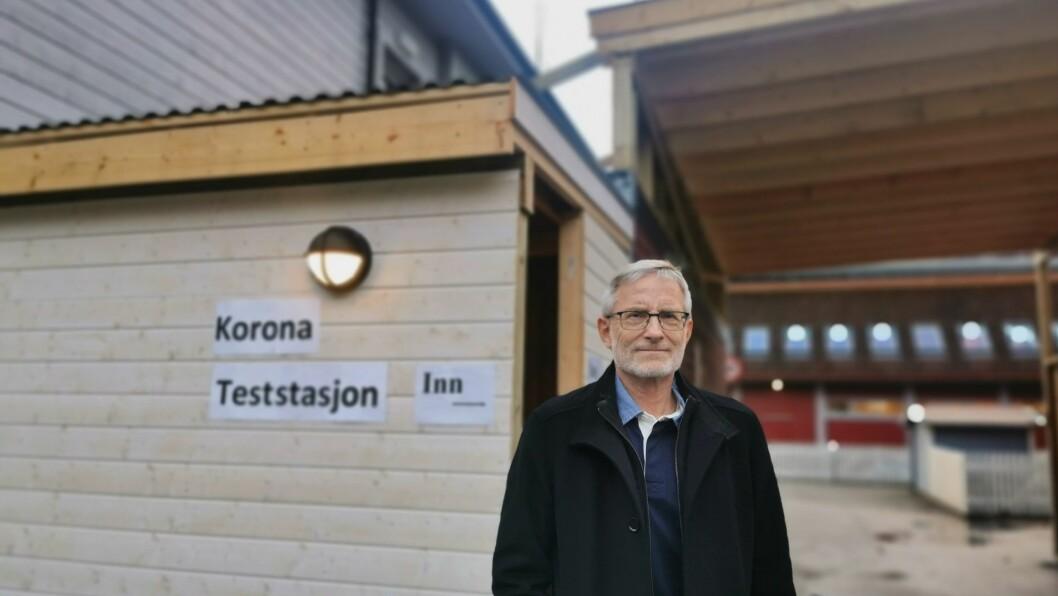 TESTPLANAR: Knut Cotta Schønberg i Luster er blant Kommuneoverlegane i Sogn som er svært bekymra over den nye smittesituasjonen i Oslo-området. Han vil ikkje berre sitje stille og sjå på.