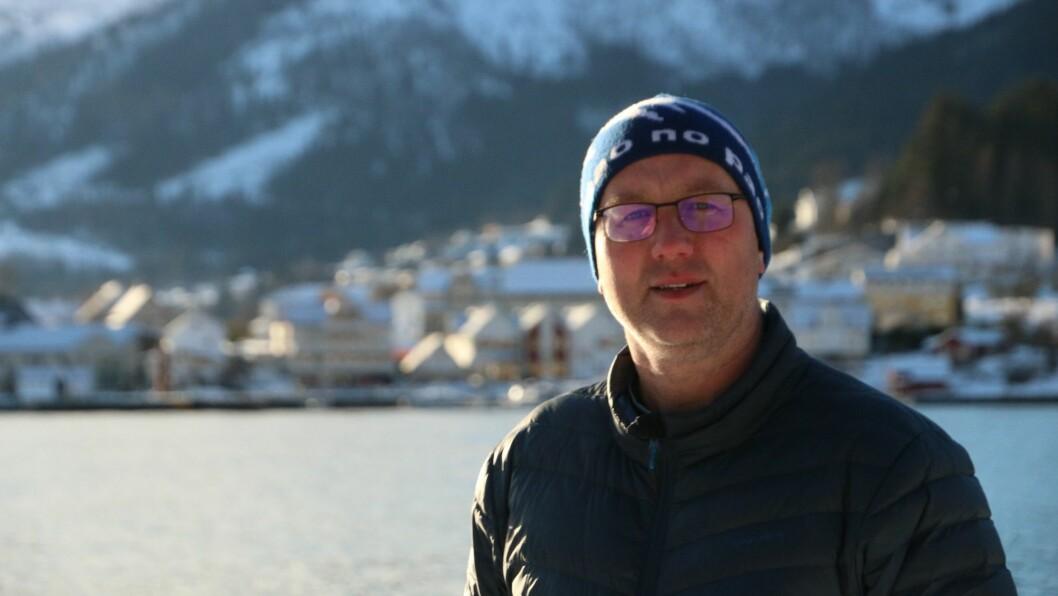 TESTA: Sogndal kommune har testa fleire personar gjennom helga. Ordførar Arnstein Menes kan laurdag kveld fortelje om eitt nytt smittetilfelle.