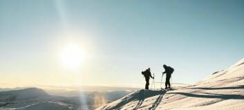 Nysnø, gode venner og solnedgang er Marie si oppskrift på ein suksessfull skitur