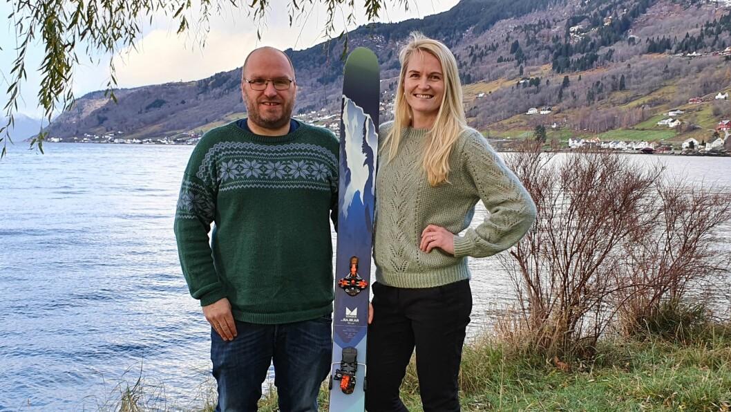 PERFEKTE HØVE: Kristin Rundsveen Bøtun og Svein Jarle Slinde meiner Sogndal er perfekt destinasjon for naturlystne nordmenn.