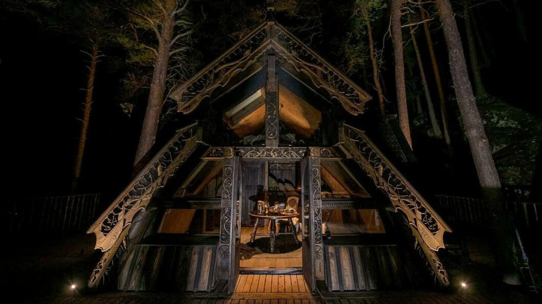 Ramnereiret skal stå ferdig til sommaren og er ei mektig tretopphytte.