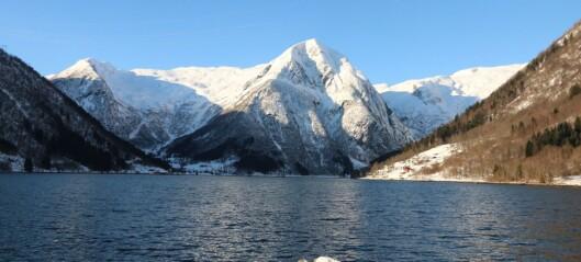 Bru over Esefjorden – kommentarar til svar frå fylkesordføraren.