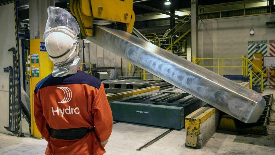 PILOT: Eit pilotprosjekt i ved Hydro Høyanger ser på måtar å resirkulere aluminium direkte i produksjonen av primæraluminium.