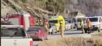 Bil påkøyrt bakfrå i Sogndal: – Bilen fekk seg ein god trøkk