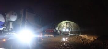 No blir det nye opningstider: – Meir intensivt arbeid iSeimsdalstunnelen- båt kjem på plass