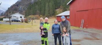 Inge og familien måtte evakuere midt på natta: – Kjenst skummelt å skulle sove her no