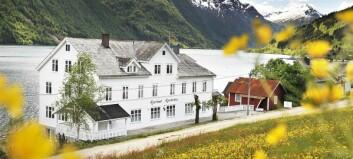 Vasslekkasje i Fjærland: Framleis bustader utan vatn