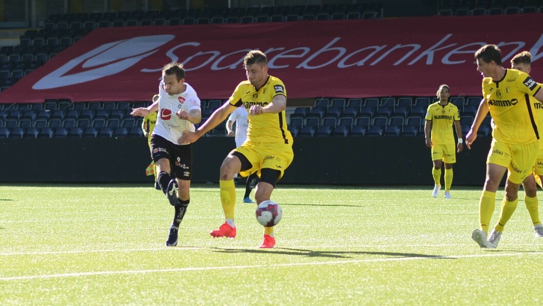 DATO KLAR: Endre Kupen og Sogndal kan sjå fram mot å sparke i gang sesongen i midten av mai, dersom alt går etter planen.